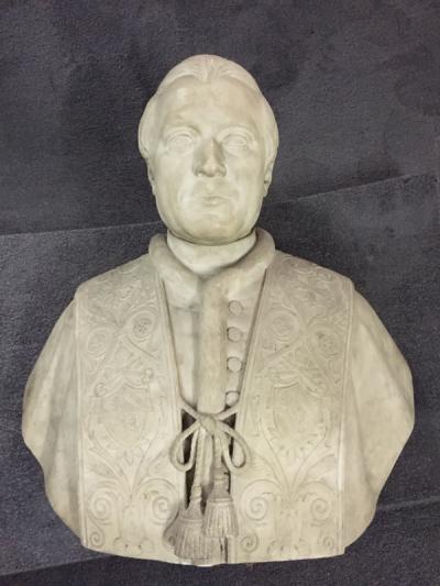 Busto Corsini Pietro Tenerani prima del restauro - robertanadali.com