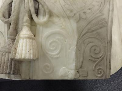 Busto Corsini Pietro Tenerani durante il restauro: tasselli - robertanadali.com
