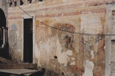 Certosa di San Lorenzo Loggia della Spezieria Padula prima del restauro - robertanadali.com